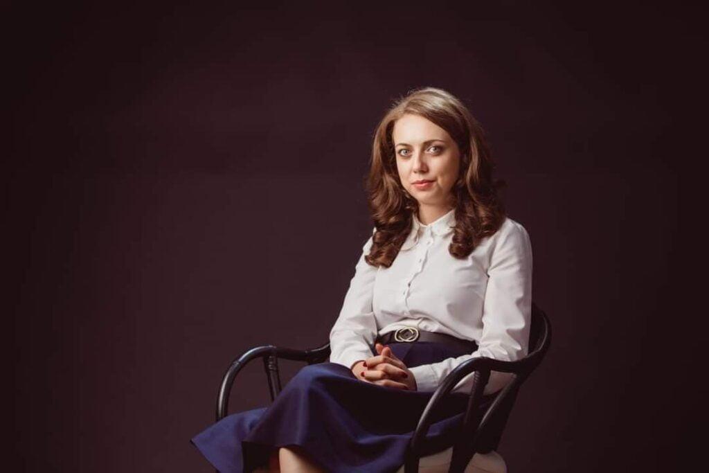 Gabriela Ancuța, psiholog clinician expert, psihoterapeut de cuplu si familie.